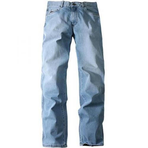 bugatti Jeans hellblau 66600/Texas-D/320