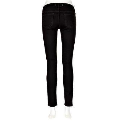 J Brand 910 Low-Rise Skinny-Leg-Jeans Schwarz