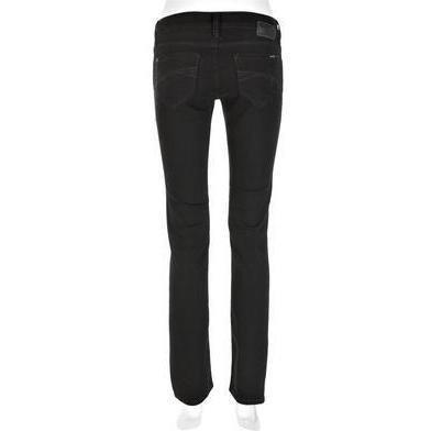 Mavi Jeans: Olivia Schwarz