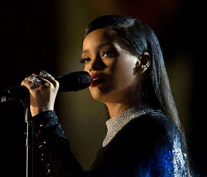 Sänger mit eigenem Modelabel: Rihanna Fashion
